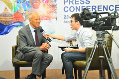 WIPO Director General Meets Thai Press (WIPO | OMPI) Tags: wipo ompi francisgurry directorgeneral thailand