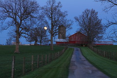 "Moonrise on ""the farm"" (MarcusDC) Tags: moonrise woodfordcounty thefarm rural moon"