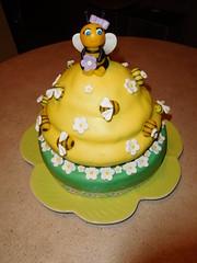 Torta Alveare (dolciefantasia) Tags: cake cakedesign torta pastadizucchero decorazione festa compleanno milano dolci fantasia miele