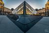C'est un sunset plein de perspectives (Julien CHARLES photography) Tags: europe france hdr louvre muséedulouvre paris pyramid pyramide coucherdusoleil museum night nuit pyramidedulouvre sunset sunsetlight sunsettime
