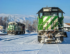 Cascade Green on Christmas Eve (Colorado & Southern) Tags: bnsfrailway bnsf burlingtonnorthern atsf atchisontopekasantafe emdgp40m emdgp60m locomotive locomotives trains train railfanning railroad railfan railway railroads railroading rail rr railroadtrack snow bn