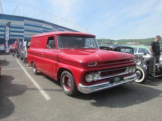 Chevrolet Panel Van DGW334B