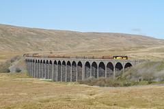The Logs On The Viaduct. (Neil Harvey 156) Tags: railway 60085 ribbleheadviaduct ribblehead settletocarlislerailway logtrain thelogs 6j37 class60 colasrail colas tug