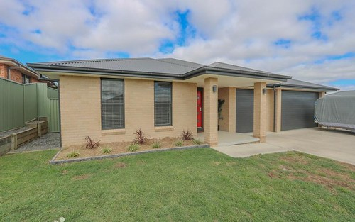 3 Topaz Court, Kelso NSW