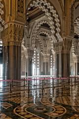 Mosque (Guy Goetzinger) Tags: mosque goetzinger d500 nikon casablanca indoor hassan arabic islam moschee architecture architektur floor