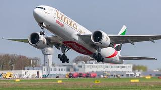 Emirates SkyCargo Boeing B777-2F A6-EFJ