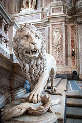 Bourbon Lion (Jonathan of Wales) Tags: caserta palace italy royal marble lion starwars naboo