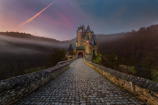 A morning at Eltz Castle