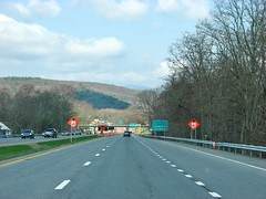 US 209 NORTHBOUND ULSTER NY APRIL 2018 (richie 59) Tags: ulstercountyny ulstercounty newyorkstate newyork townofulsterny townofulster unitedstates weekend ushighway saturday spring richie59 roadwork america outside route209 rt209 us209 usroute209 2018 april2018 april282018 usrt209 2010s hudsonvalley midhudsonvalley midhudson usa us ny nys nystate automobiles autos motorvehicles vehicles cars 4lane fourlane 4lanehighway fourlanehighway highway road mountain traffic freeway overpass underpass southbound