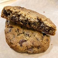 inside a chocolate chip cookie (Fuzzy Traveler) Tags: chocolatechipcookie chocolate cookie philzcoffee sweet dessert food