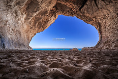 Cala_Luna_20171008_0008-HDR (ivan.sgualdini) Tags: 1635mm alone amazing beach cala calaluna canon cave coppia couple grotta hdr landscape luna mare mediterranean outdoor romantic sand sardegna sardinia sea seascape takemyhand trekking view window dorgali italy it