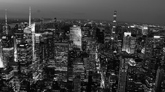New York City (Avaiyang) Tags: nyc ny nycphotographer newyorkcity newyorker manhattan nyclife newyorkworld newyorklife nycityworld night lights skyline topview nycity empirestate