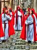 Processione Erice 2 (Wronny) Tags: processione pasqua erice sicilia festa holiday sicily religione religion italia italy tradizione tradizioni costume costumi rosso red tradizionale traditional costumes uniform uniforms uniformes