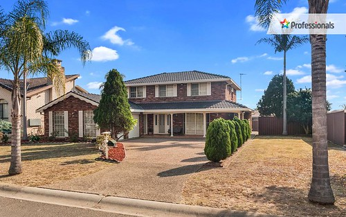 10 Aintree Cl, Casula NSW 2170