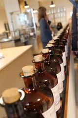 Essences (CHRISTOPHE CHAMPAGNE) Tags: 2018 grasse france 06 alpes maritimes fragonard parfum flacon