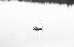 9 may 2018 - photo a day (slava eremin) Tags: dailyphoto photoaday 365 1day bw blackandwhite blanconegro bianconero monochrome boat sea highcontrast