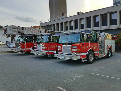 North Vancouver City, BC Ladder 10, Engine 10 and Engine 9 (1)
