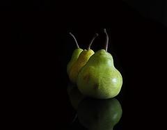 Pears (Smiffy'37) Tags: pears fruit minimal stilllife blackbackground olympusomde