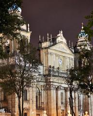 DSC01399 En el palacio nacional de la cultura (Julioafoto) Tags: palacio nacional cultura guatemala monumento historico arquitectura verde sony zeiss 55mm