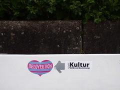 kiel_P5190435 (ghoermann) Tags: deu düsternbrook geo:lat=5434130452 geo:lon=1015672088 geotagged germany kiel schleswigholstein sticker