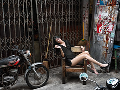 Jenny, China Town, Bangkok (Khun_K) Tags: portrait portraiture femaleportrait chinatown travelphotography streetphotography hasselblad hasselbladx1d hasselbladx1d50c