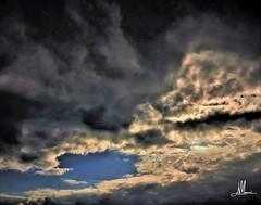 MONDI (giovanni.muscara28) Tags: fotografia photography clouds cloud nuvole nuvola sky skyporn skylovers poetic mondi landscape panorama good cool color colore sfumature magic beautiful arte art sunset skyscape black luce light sun sole giovannimuscarà