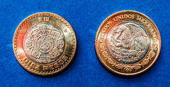 Diez Pesos (ruimc77) Tags: nikon d700 sigma 105mm f28 ex dg os hsm macro 11 ten dez diez pesos 10 mxn coin moeda moneda currency dinheiro money 2018