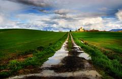 Alava landscape. (hajavitolak) Tags: landscape paisaje paisvasco countrybasque clouds nubes naturaleza nature verde green otazu alava sinespejo mirrorles evil sony sonya7ii sonya7m2 minolta minolta28135