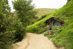 IMG_1166 (Chris_Moody) Tags: hobbiton movie set newzealand hobbit lordoftherings lotr lord rings jackson matamata nz tourism tolkien shire