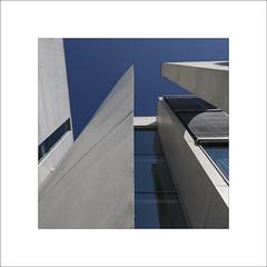Bundestag (7) (Peter de Bock (exploring)) Tags: bundestag bondsdag parlament art tilt shift architecture mk4 5d canon sky color