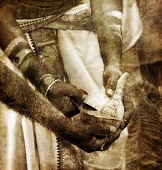 Entends la voix de l'eau... (Sabine-Barras) Tags: kavadi réunion cavadee monochrome sepia sépia people personnes detail détail hands mains reportage tamil tamoule religion rituel ritual procession tradition