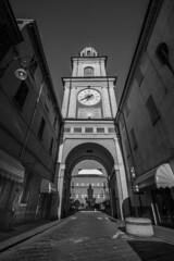 Torre di Gualtieri (Olmux82) Tags: place square tower piazza gualtieri torre reggio emilia romagna blackandwhite street streetphotography nikon d750 nikonitalia