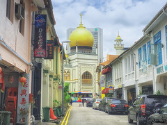 Masjid Sultan - Singapore (cattan2011) Tags: religion culture temple mosques architecturephotography architecture traveltuesday travelphotography travelbloggers travel streetart streetpicture streetphoto streetphotography landscapephotography landscape 新加坡 singapore masjidsultan