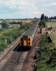 7437 Portfield 1220 VIC-PMH 6-8-85 (6089Gardener) Tags: portfield chichester 7437 class421 4cig southernelectric