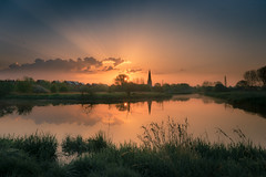 The first rays of dawn (Andrew Hosegood) Tags: upper river ouse buckinghamshire olney sunrise colour light rays meadow church dawn water reflection andrew hosegood