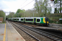350376 @ Kidsgrove (uksean13) Tags: 350376 londonnorthwesternrailway westmidlandstrains kidsgrove transport train railway rail canon 760d efs1855mmf3556