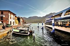 attracco (IVAN 63) Tags: monteisola lagodiseo brescia lomabardy italia italien italy lake iseosee