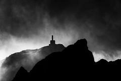 Pico Sacro (Feans) Tags: sony a7r ii a7rii fe 24105 galiza galicia pico sacro boqueixon sunrise mencer neboa fog mist