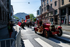 Beginning of the national day in Bergen (hallo_maimouna) Tags: national day bergen norway nasjonal dag 17 mai may sytten ulriken mountain outside daylight sunny