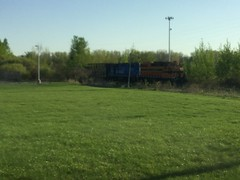 ELS 400 & 402 Tied Up In Howard (Brandon .R.) Tags: els 400 402 gp38 howard wisconsin tied up train
