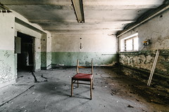 24/30 2017/04 (halagabor) Tags: urban exploration urbanexploration urbex lost lostplaces forgotten decay derelict abandoned abandonment army military base hungary hungarian budapest manualfocus wide wideangle 14mm samyang samyang14mm chair room devastation nikon d610