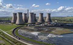 Cottam power station with 66752 (robmcrorie) Tags: cottam west power station cooling tower chimney burton 66752 gbrf class 66 immingham coal nottinghamshire train rail freight
