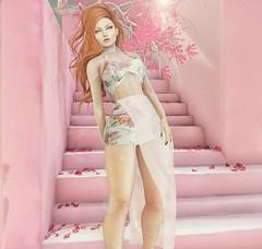 ♚ Look #446 ♚ (Caity Saint) Tags: seniha dress cosmopolitan exile redhead backdrop sl secondlife event pixels