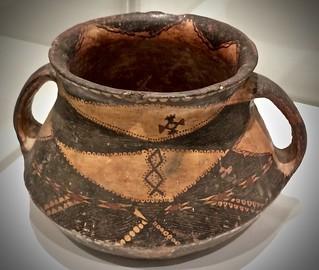 Berber terracotta jar, 1900-1950