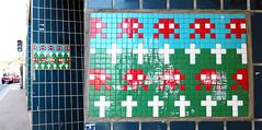 Space invader [Paris 11e] (biphop) Tags: europe france paris streetart space invader spaceinvader mur wall installation mosaic mosaique 75011 pa1115 reactivated reactivation restored restauré
