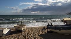 Mar Brava (Gelsauc) Tags: costabrava mar marmediterània sea beach platja vent llum ligth sol sun catalunya catalonia repúblicacatalana lloretdemar clouds