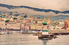 103 - Bastia le nuage s'étale (paspog) Tags: bastia corse port vieuxport phare lighthouse mai may 2018 hafen haven