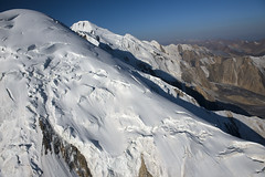 By Helicopter through the Tien Shan Mountains (Joost10000) Tags: snow ice landscape glacier landschaft kyrgyzstan aerial photography aerialphotography mountain mountains sky tienshan asia centralasia outdoors wild wilderness natur nature beauty scenic view mountainrange