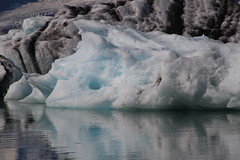 20170819-112421LC (Luc Coekaerts from Tessenderlo) Tags: austurland iceland isl jökulsárlón glacier gletsjer glacierlake gletsjermeer icefloe ijsschots iceberg ijsberg splitdef191029jokulsarlon public nobody cc0 creativecommons 20170819112421lc coeluc vak201708iceland