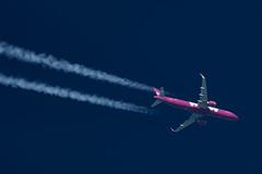 WOW Air Airbus A321-253N TF-SKY (Thames Air) Tags: wow air airbus a321253n tfsky contrails telescope dobsonian overhead vapour trail